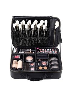 """There are numerous cosmetic companies marketing mineral makeups by various names, but all variations of mineral makeup have a typical active ingredient. They all include """"natural"""" minerals. Makeup Travel Case, Makeup Case, Makeup Kit, Buy Makeup, Cosmetic Storage, Travel Cosmetic Bags, Professionelles Make Up, Cosmetic Train Case, Charlotte Tilbury Makeup"""