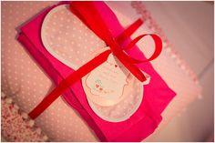 Confira dicas para festa do pijama com cabaninhas! Veja sugestões de decoração, lembrancinhas, comidas, brincadeiras, atividades e lista de fornecedores.