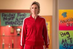 Jane Lynch says she and her 'Glee' character Sue Sylvester have a lot in common Iconic Movies, Good Movies, Darren Criss Glee, Jane Lynch, Glee Club, Rachel Berry, Lifetime Movies, Chick Flicks, Vintage Horror