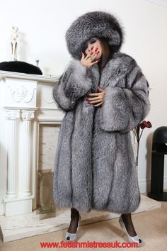 Swathed Head to Feet In My Silver Fox Fur's. www.fetishmistressuk.com YouTube... http://www.youtube.com/watch?v=epAOqTV-woQ