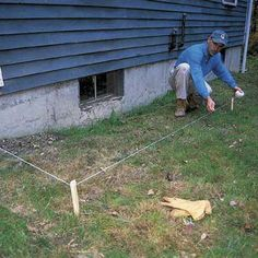 Need to extend your downspout? Connecting downspouts to buried drainpipes can help dry out a wet basement and soggy lawn. Sump Pump Drainage, Gutter Drainage, Backyard Drainage, Landscape Drainage, Drainage Pipe, Backyard Patio, Garden Hoe, Wet Basement