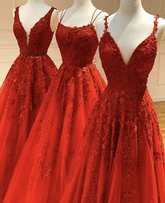 Red Ball Gowns, Ball Gowns Prom, Ball Gown Dresses, Long Prom Gowns, Red Gowns, Stunning Prom Dresses, Pretty Prom Dresses, Beautiful Red Dresses, Long Fancy Dresses