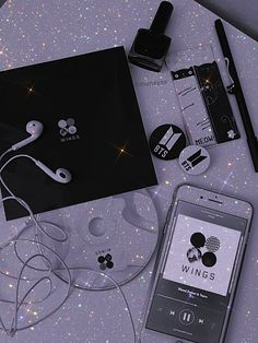 Baby Blue Aesthetic, Black And White Aesthetic, Aesthetic Colors, Flower Aesthetic, Aesthetic Images, Cute Anime Wallpaper, Galaxy Wallpaper, Bts Wallpaper, Aesthetic Desktop Wallpaper