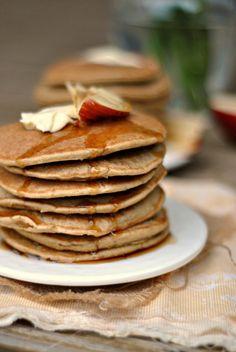 Gluten-Free Apple-Oatmeal Blender Pancakes 1
