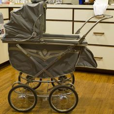 Antique Thayer Baby/Doll Carriage | Flickr