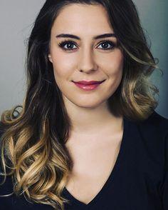 """35 Beğenme, 2 Yorum - Instagram'da Ege Kokenli Pl (@egekokenlipl): """"My Queen❤"""" Disney Princess Pictures, Turkish Beauty, Smile Face, Turkish Actors, Beautiful Celebrities, Bellisima, Actors & Actresses, Celebs, Hair Styles"""