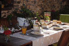 Desayunando bajo la panera en Ca Lulón, Asturias
