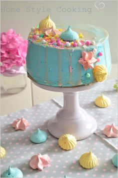 Pastel Meringu Layer Cake Molly Cake Chocolat Kinder Maxi Ganache