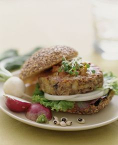 Looking for a Healthier, Low-Fat Veggie Burger? Try This Recipe