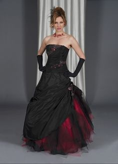 Black & Red #goth wedding dress