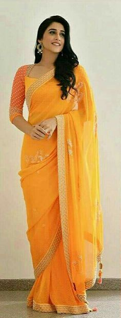 How to Select the Best Modern Saree for You? Simple Sarees, Trendy Sarees, Stylish Sarees, Fancy Sarees, Saree Blouse Patterns, Saree Blouse Designs, Indian Dresses, Indian Outfits, Modern Saree
