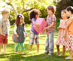 Combine geography and playtime by teaching kids these 10 fun games from around the world. http://www.parents.com/fun/games/educational/games-from-around-the-world/?socsrc=pmmpin130626ffWorldGames
