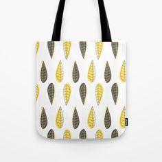 Retro Leaves Pattern Tote Bag