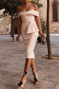 This apricot bodycon dress features off shoulder and pleated, and this short sleeve dress is for the Bodycon Dress Formal, Bodycon Dress With Sleeves, Short Sleeve Dresses, Dresses With Sleeves, Short Sleeves, Sexy Dresses, Beautiful Dresses, Evening Dresses, Formal Dresses