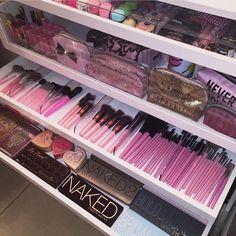 Organização das maquiagens