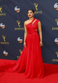 Emmy Awards 2016: De bästa looksen på röda mattan