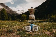 Camping Hacks for your Motorhome Holiday - Camping Tips for your Campervan Trip Ways To Make Coffee, Motorcycle Camping, Bring The Heat, Der Bus, Gadgets, Camping Stove, Campervan, Camping Hacks, Motorhome