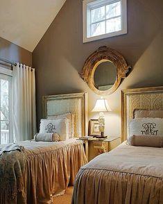 Dekorasyon#loveit #decoration #bedroom #love #tagsforlikes #life #instagood #interiordesign #design #şık #vscocam #vsco #dekorasyon #homedecor #furniture #style #cute #bestoftheday #beautiful #elegant #wonderful #instalove #nice #relax #perfect #photooftheday #mirror by aycafero