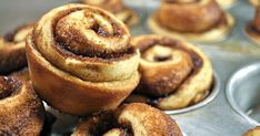 Cinnamon rolls recipe flavored with cinnamon 15 Ideas This morning you had a sudden urge to concoct a creamy treat. The crispness of your gluten-free cookies has given you the motivation to perform anothe. Cinammon Rolls, Mini Cinnamon Rolls, Scrolls Recipe, Cinnamon Scrolls, Sugar Dough, Cinnabon, Gluten Free Cookies, Snacks, Cupcakes