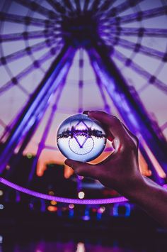 Lensball is a sleek crystal ball that allows you to capture deeply immersive experiences in ultrasharp wide-angle. Wide Angle Photography, Glass Photography, Reflection Photography, Stunning Photography, Scenic Photography, Photography Projects, Photography Photos, Creative Photography, Nature Photography