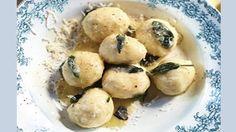 Jamie macht aus gewöhnlichen Ricottaklößchen mit Butter und Salbei etwas ganz Besonderes!