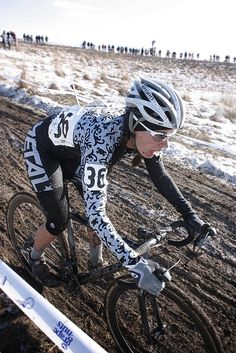 Heidi Beck // elite women by TWIN SIX, via Flickr