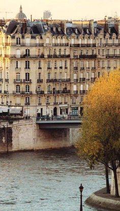Autumn in Paris... France