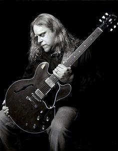 Warren Haynes, the amazing, hard-working, multi-talented leader of Gov't Mule, member of The Allman Brothers Band, The Dead, The Warren Haynes Band and musician/songwriter/singer extraordinaire!