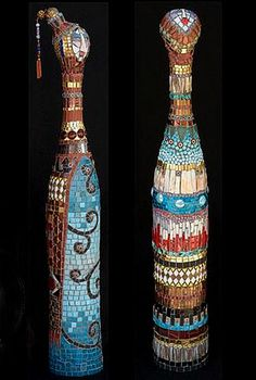 Irinia-Charny-two mosaic bottles with female heads Wine Bottle Art, Diy Bottle, Bottle Crafts, Mosaic Garden, Mosaic Art, Mosaic Bottles, Glass Printing, Mosaic Madness, Altered Bottles