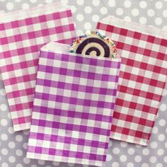 Gingham Goodie Bags//for sandwiches and cookies