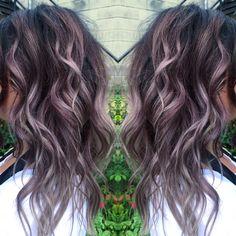 How to Get Lilac Hair for This Season? - New Hair Styles 2018 Hair Color And Cut, New Hair Colors, Dyed Hair Ombre, Lavender Hair, Hair Affair, Great Hair, Fall Hair, Hair Today, Hair Dos