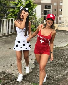 33 Halloween Friend Costumes For Sweet Girls - Page 12 of 32 - Amazing Things On Earth Lifeguard Halloween Costume, Lifeguard Costume, Best Friend Halloween Costumes, Nurse Costume, Halloween Outfits, Friend Costumes, Girl Costumes, Costumes For Women, Duo Costumes