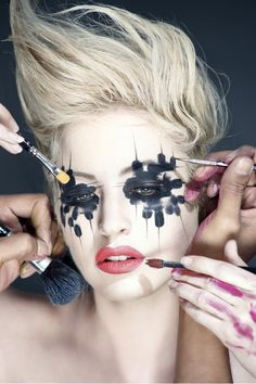The individual eye makeup looks like two parts of a jigsaw puzzle. A sure ramp scorcher.