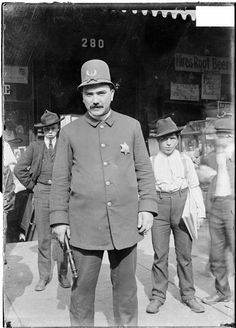 Chicago policeman, 1903; Library of Congress I have pics of my grandfather in the same uniform!