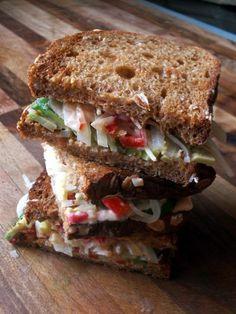 ...Soul Vood kocht & bloggt...: Avocado Reuben Sandwich
