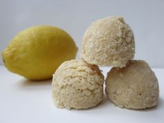 Raw Lemon Macaroons #vegan