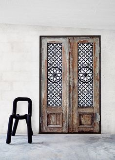 intricate-carved-doors