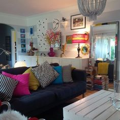 """Georgia's """"Wrapped in Color"""" Room"""