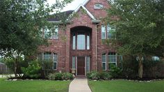 705 Falcon Lake Dr. in Friendswood, TX