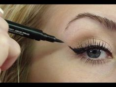 Perfect Winged Liner- EASY & Long-Wearing - How-to do winged liner. Eye shadow tips for this look start at liner tips at about - Make Up Geek, Eye Make Up, Winged Eyeliner Tutorial, Winged Liner, All Things Beauty, Beauty Make Up, Pretty Makeup, Makeup Looks, Mary Kay