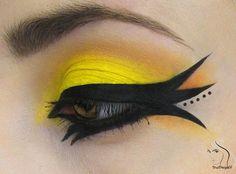 Yellow/black eye make-up Crazy Makeup, Love Makeup, Makeup Art, Beauty Makeup, Makeup Looks, Hair Makeup, Makeup Ideas, Maquillage Halloween, Halloween Makeup