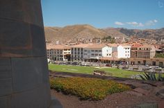 Overlooking El Sol Avenue from El Coricancha.