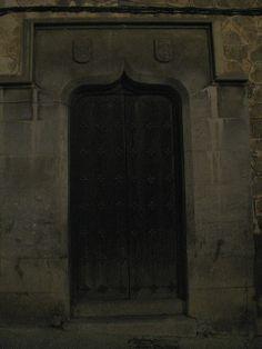 Old door, Toledo, Spain | Flickr: Intercambio de fotos