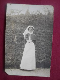WW1 NURSE PHOTO POSTCARD Air Force Nurse, Nurse Cape, Nurse Photos, Vintage Nurse, Edwardian Dress, Antique Clothing, Historical Pictures, Photo Postcards, World War I
