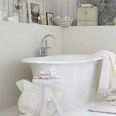 bathroom, badkamer, bath, shower, bad, douche, inspiratie, inspiration, sanitair, idea, idee, sfeer, classic, klassiek