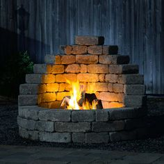 My Latessa Fire Pit is quickly installed. All the pieces you need are included. There is no cutting required. Just stack and glue the pieces together as shown in the step by step instructions. Your Latessa can be placed closer to the boundaries of outdoor Diy Fire Pit, Fire Pit Backyard, Backyard Patio, Backyard Landscaping, Backyard Seating, Fire Pit Kits, Best Fire Pit, Fire Pit Grill, Outdoor Fireplace Designs