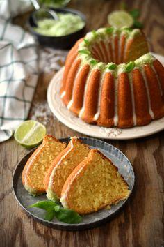 A arte de fazer um bolo é das coisas que mais prazer me dá. Sim, porque quando colocamos amor naquilo que fazemos e quando fazemos alg...