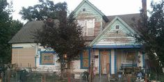 Neighbor Organizes Oregon Home Remodel for Elderly Man - Good Samaritan Paints House for Man