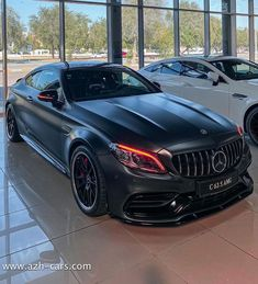 Luxury Car Brands, Best Luxury Cars, Best Cars For Teens, Rich Cars, Porsche, Car Goals, Mercedes Benz Cars, Sport Cars, Motor Car