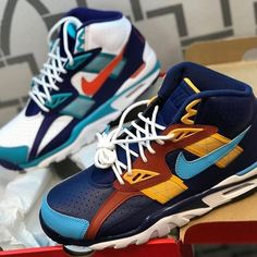 """Livekickz on Instagram: """"NIKE BO JACKSON MULTICOLORED  MEN SIZES AVAILABLE NOW LIMITED QUANTITY ORDER YOURS NOW ONLINE AT www.live-kickz.com"""" Bo Jackson, You Now, Your Shoes, Air Jordans, Sneakers Nike, Stay Fresh, Men, Instagram, Live"""